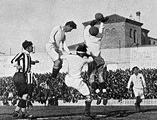 Perico Escobal en un partido del real Madrid, 1928