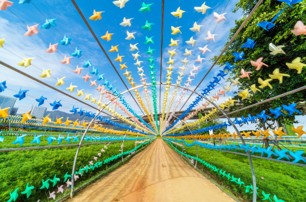 molinos-viento-papel-colores